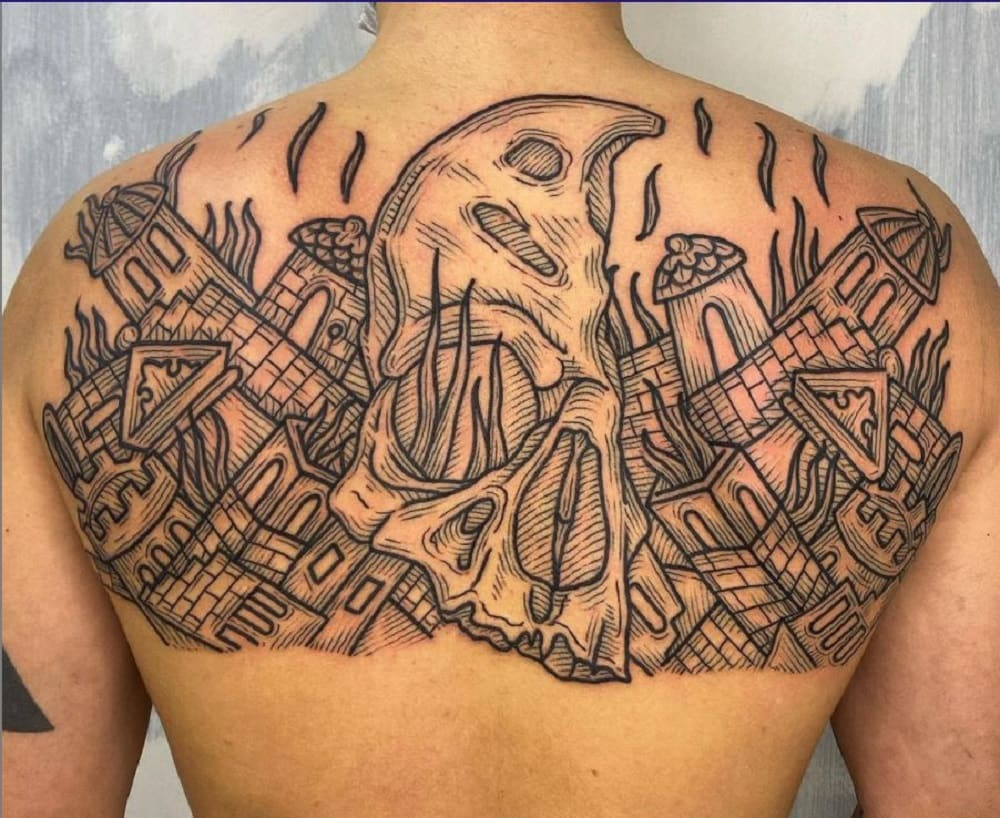 tatuaggio-schiena-noza-min